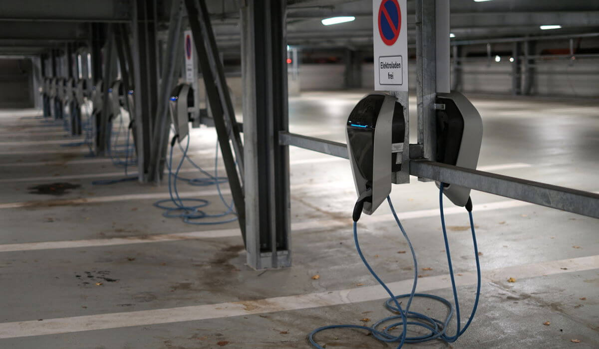 charge-point-operator-header-wikipedia-net4energy